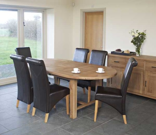 rustic oak 6ft oval extending dining table with 6 timber chairs cosi interiors ltd. Black Bedroom Furniture Sets. Home Design Ideas