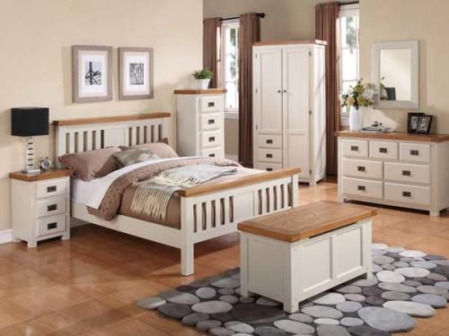 Country: Stone & Oak. Bedroom Range