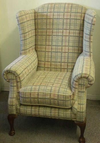 Queen Ann: Chair. ( Large )