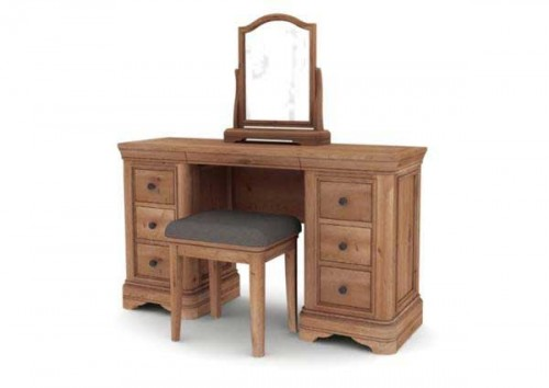 Chateau: Oak. Dressing Table