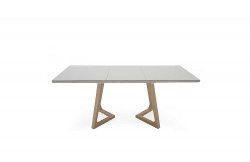 Dina: Dining Table.