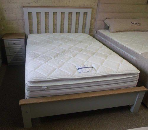 Claddagh: De-Lux Bed Frame